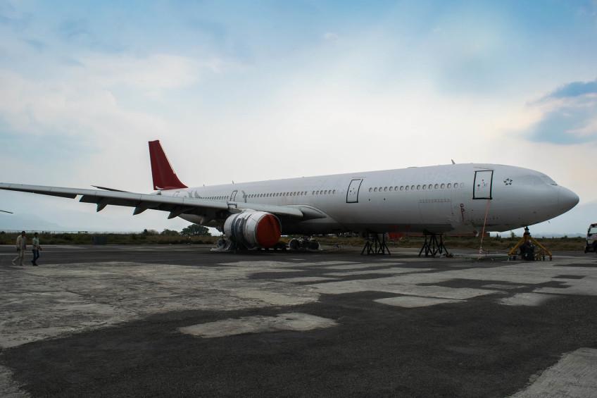 Navigate Kathmandu airport (KTM, Nepal)