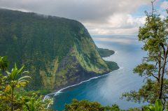 Waipio and Waimanu Valley Hiking trail and Camping Hawaii